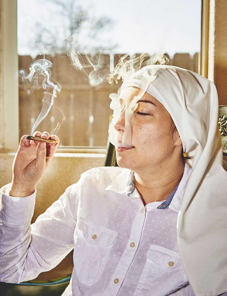 nuns-grow-marjuana-sisters-of-the-valley-shaughn-crawford-john-dubois-18