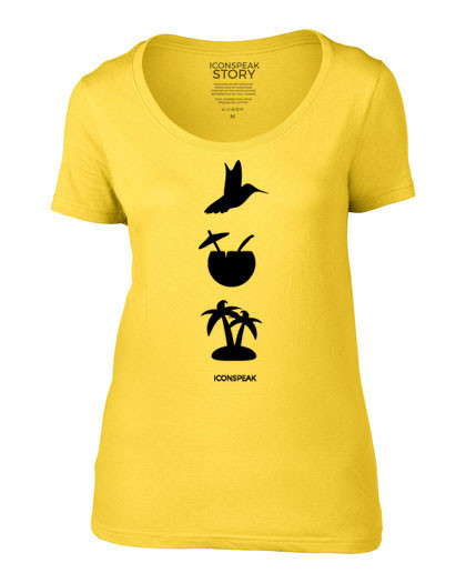 Se pone esta extrana camiseta para ir a todas partes 07