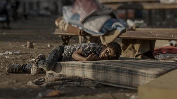 ninos-refugiados-colchon